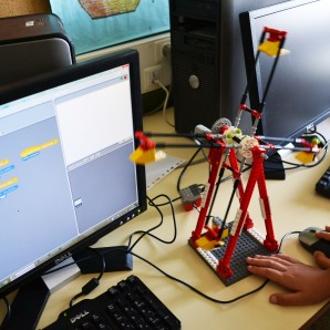 Robòtica LEGO WeDo Scratch extraescolars