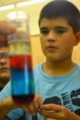 Tallers extraescolars química densitat dels líquids