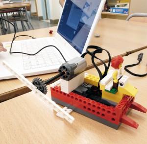 Taller Robòtica Extraescolars LEGO WeDo - Motor Boat