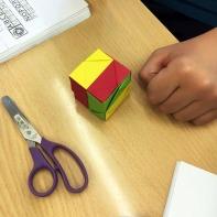 Tallers extraescolars Barcelona Ciència Sòlids Platònics Origami