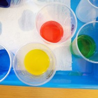 Tallers extraescolars química-física densitat dels líquids Badalona