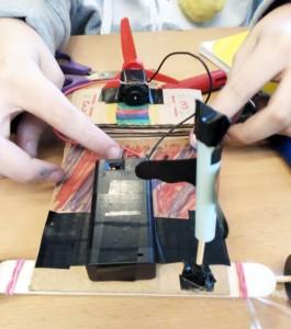 Taller Cotxes Elèctrics Extraescolars STEAM