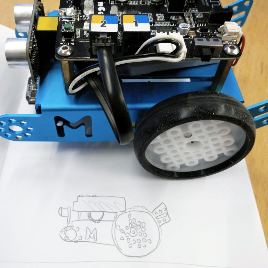 Tallers Extraescolars Robòtica mBot Makeblock STEM